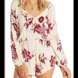 Billabong | Floral laceup long sleeve romper